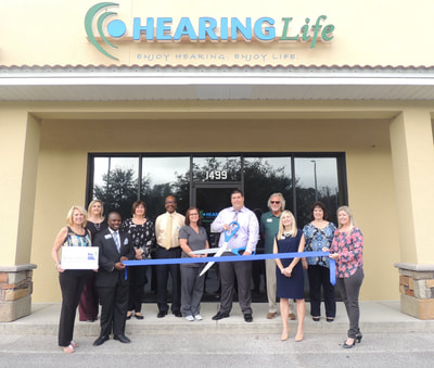 HearingLife ribbon cutting