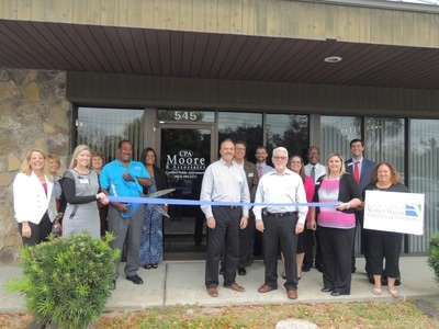 Moore ribbon cutting