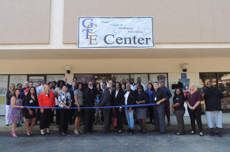 GCTE Ribbon cutting