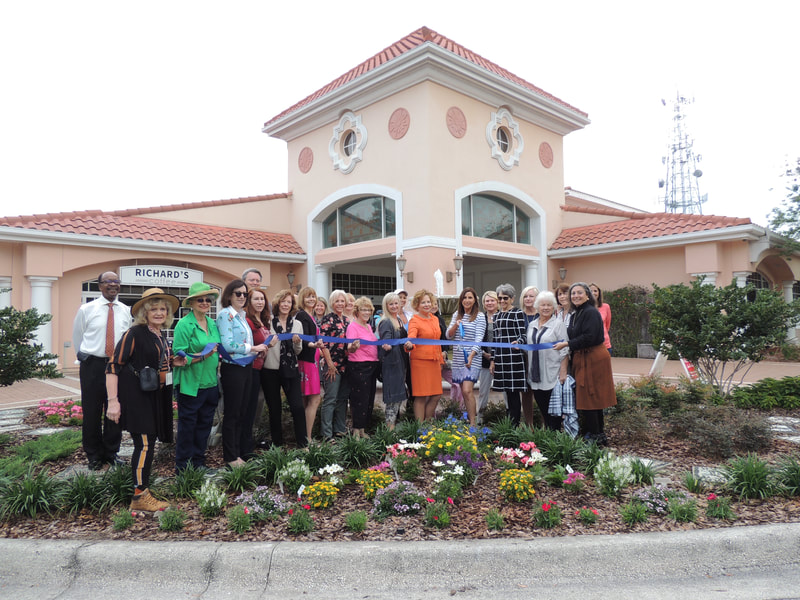 Garden Club ribbon cutting